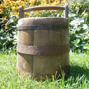 wood bucket 2