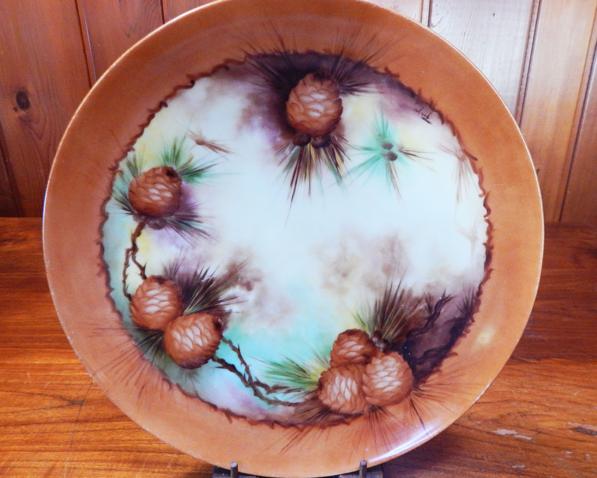 Royal Bavaria Pine Cone Plate